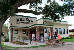 Photo at Killen's Barbecue in Houston.
