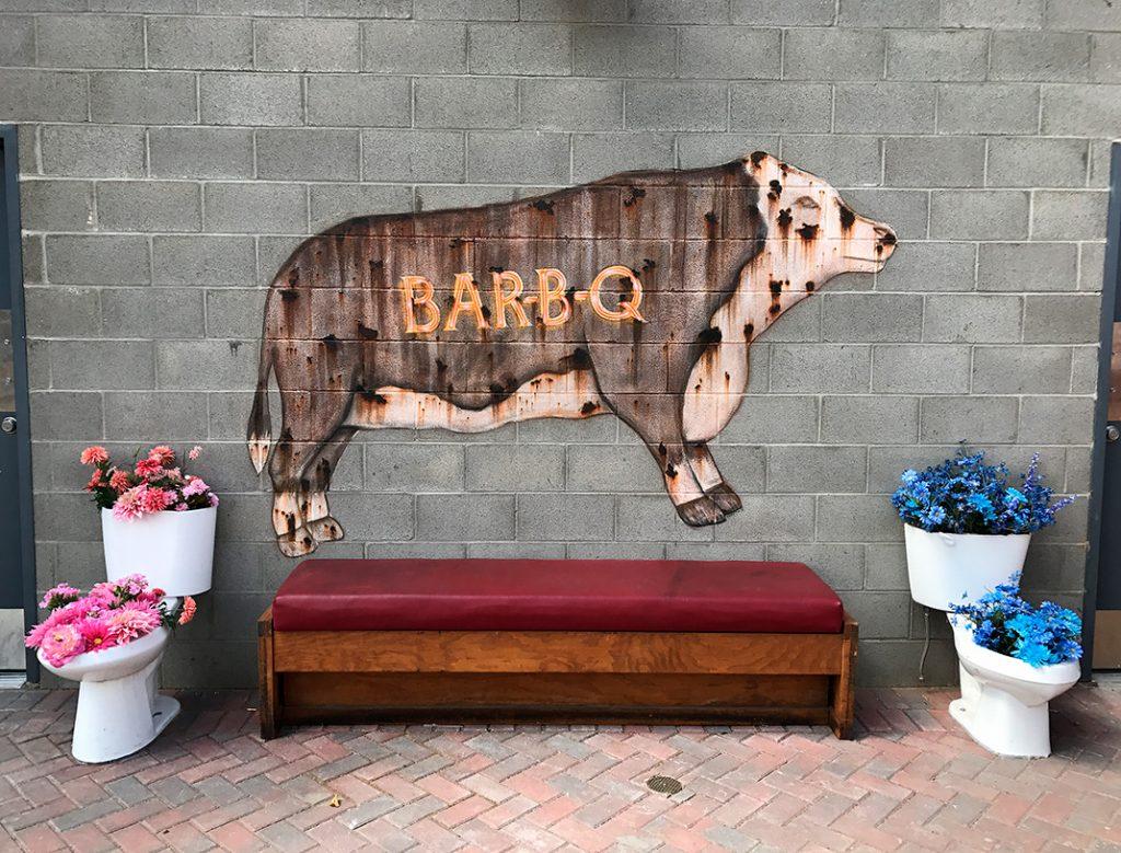 Ferris Wheelers Backyard & BBQ in Dallas